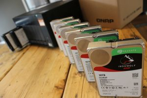 NAS mit Festplatten